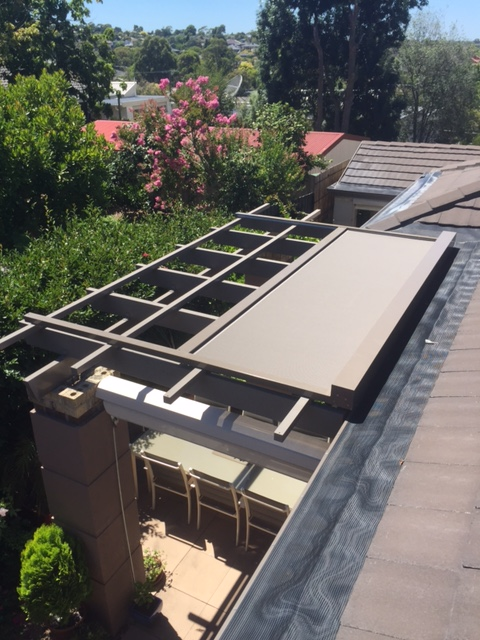 outdoor blinds -retractable roof
