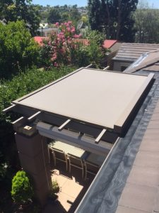 retractable roof - outdoor blinds
